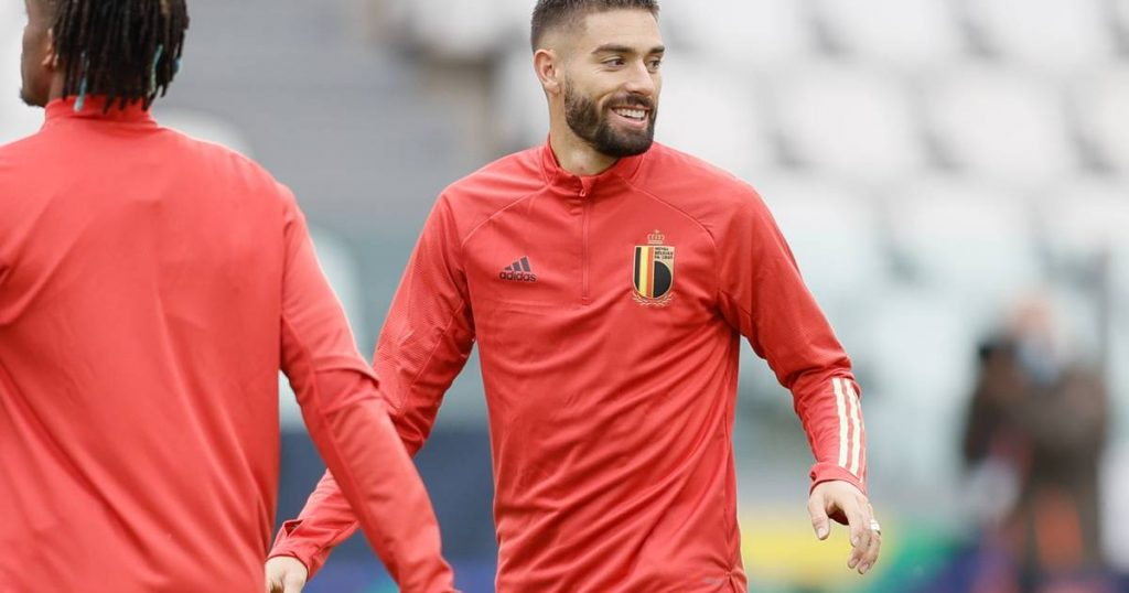 """""""Do you still believe in us?"""": Yannick Carrasco turns the tables during press chat 