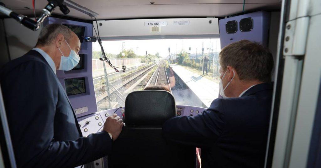 Self-driving train travels first kilometers in Hamburg    News