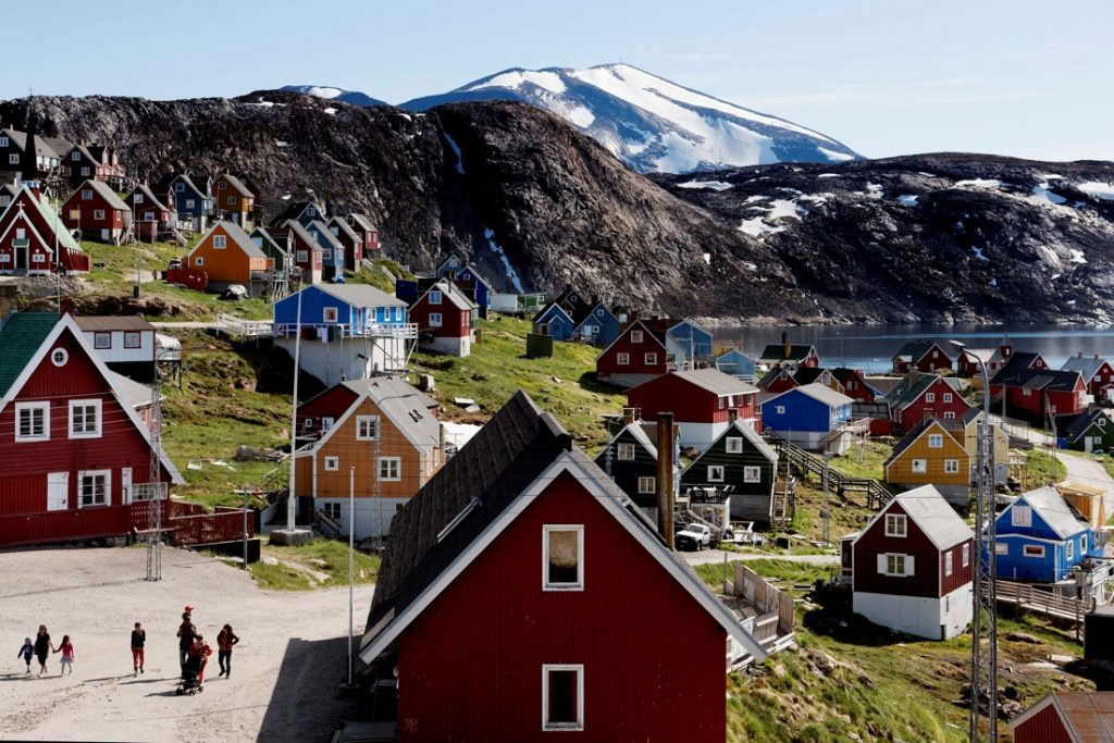 The European Commission opens its office in Greenland