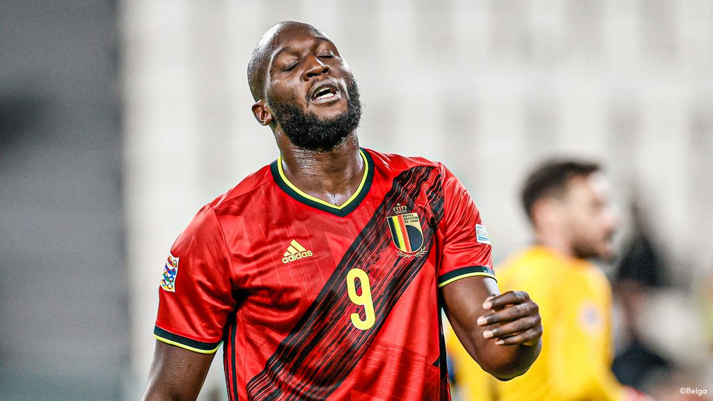 Will the Red Devils lose their leading position in the FIFA rankings after more than 3 years?     Red Devils